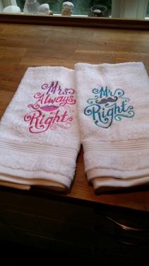 Broderade handdukar